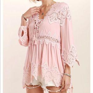 Last1️⃣ Pink Lace-up v neck bell sleeve